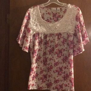 Kim Rogers floral and lace blouse